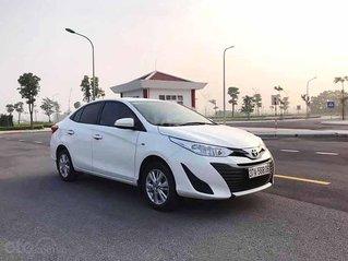 Cần bán xe Toyota Vios năm 2019, màu trắng, xe chính chủ giá thấp