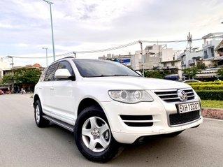 Volkswagen Touareg máy dầu nhập 2009 số tự động phiên bản đặc biệt hàng full cao cấp đủ đồ chơi, hai cầu, cửa sổ trời