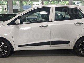Có sẵn I10 Hatchback giá tốt, ưu đãi giảm thuế đến hết tháng 12, nhanh tay tậu xe với giá hời nhất