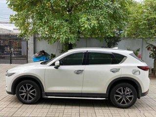 Bán Mazda CX 5 2.0 AT 2WD năm 2018, màu trắng xe gia đình, 789tr