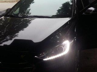 Bán xe Hyundai Elantra 1.6AT 2018, màu đen