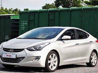 Cần bán gấp Hyundai Avante năm 2011, màu bạc, nhập khẩu nguyên chiếc còn mới giá cạnh tranh