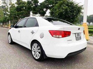 Xe Kia Forte năm sản xuất 2013, màu trắng còn mới, giá chỉ 338 triệu