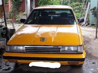 Cần bán gấp Toyota Camry năm sản xuất 1983 còn mới