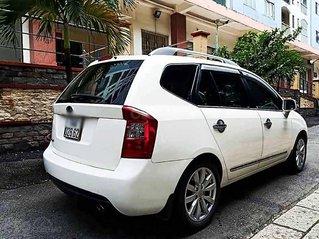 Cần bán gấp Kia Carens sản xuất 2014, màu trắng, ít sử dụng