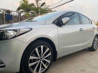 Bán Kia K3 năm sản xuất 2015, màu bạc, nhập khẩu nguyên chiếc