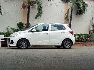 Cần bán Hyundai Grand i10 2015, màu trắng, nhập khẩu chính chủ