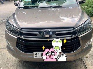 Cần bán gấp Toyota Innova sản xuất 2018 còn mới
