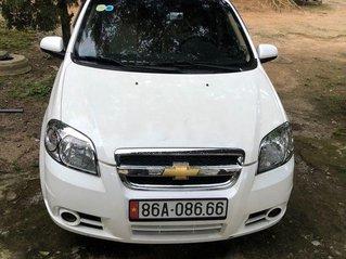 Cần bán lại xe Chevrolet Aveo năm sản xuất 2009, màu trắng, giá chỉ 160 triệu