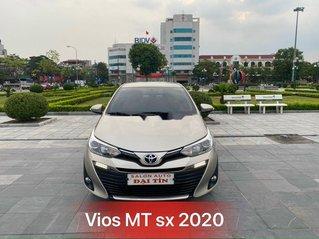 Bán xe Toyota Vios sản xuất 2020, màu vàng cát