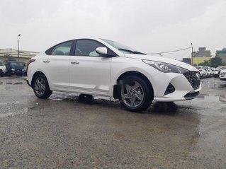 Cần bán xe Hyundai Accent 2021, màu trắng, giá tốt
