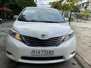 Cần bán gấp Toyota Sienna 2010, màu trắng, xe nhập