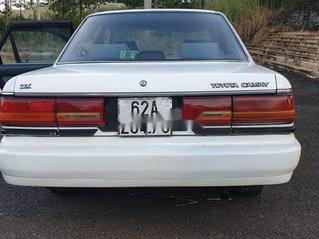 Cần bán lại xe Toyota Camry sản xuất 1989, màu trắng