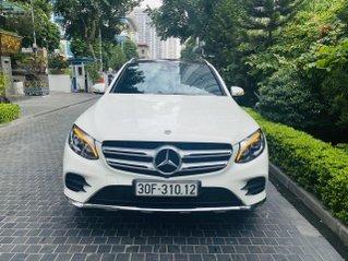 Bán xe Mercedes-Benz GLC300 trắng siêu chất