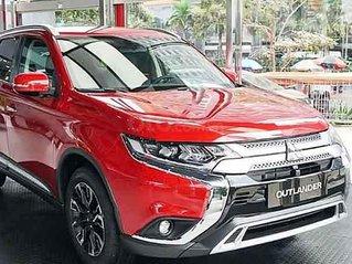 Bán xe Mitsubishi Outlander sản xuất 2020, màu đỏ