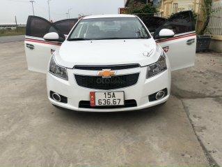 Cần bán Chevrolet Cruze 2012 màu trắng - 262 triệu