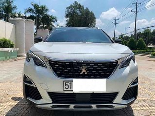 Cần bán Peugeot 5008 sản xuất năm 2019, màu trắng số tự động