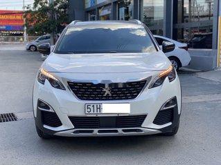 Bán ô tô Peugeot 5008 đời 2019, màu trắng, biển SG