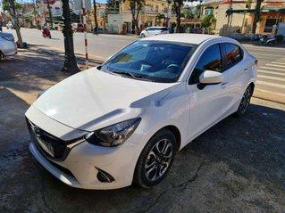Cần bán lại xe Mazda 2 đời 2018, màu trắng