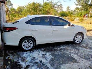 Cần bán Toyota Vios đời 2020, màu trắng