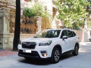 Bán Subaru Forester sản xuất năm 2019, màu trắng, xe nhập còn mới, giá 935tr