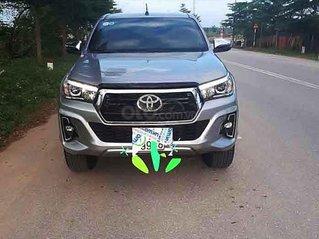 Cần bán lại xe Toyota Hilux sản xuất năm 2018, màu bạc, nhập khẩu nguyên chiếc còn mới, 789 triệu
