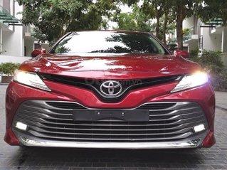 Hỗ trợ mua xe giá thấp chiếc Toyota Camry 2.5Q nhập Thái đời 2019, giao nhanh