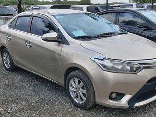 Cần bán nhanh chiếc Toyota Vios đời 2014, biển Hà Nội giá thấp