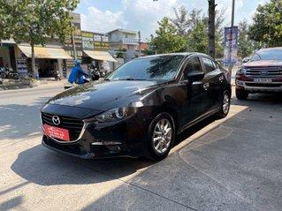 Cần bán lại xe Mazda 3 năm sản xuất 2018, màu đen chính chủ, giá 585tr