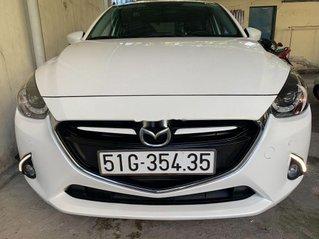 Bán Mazda 2 năm sản xuất 2017, màu trắng