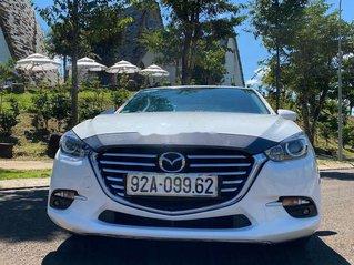 Cần bán Mazda 3 sản xuất 2018, màu trắng, 585tr