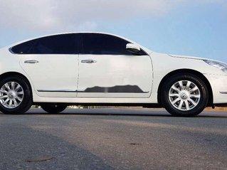 Bán ô tô Nissan Teana sản xuất năm 2011, màu trắng, xe nhập chính chủ