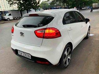 Bán ô tô Kia Rio sản xuất năm 2012, màu trắng, nhập khẩu còn mới