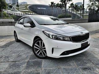 Siêu phẩm Kia Cerato 2.0 AT sản xuất 2016, màu trắng, mới chạy 65.000 km, chỉ 200 triệu có xe đi