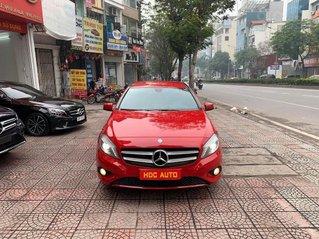 Bán xe Mercedes A200 nhập khẩu nguyên chiếc, sản xuất 2013, đăng ký 2014, màu đỏ cực mới