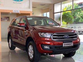 Ford Everest Ambiente AT màu đỏ giảm 130 triệu giao ngay liên hệ Cát