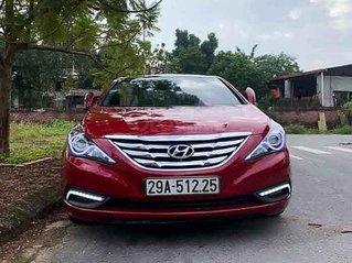 Cần bán Hyundai Sonata năm sản xuất 2010, màu đỏ, nhập khẩu nguyên chiếc