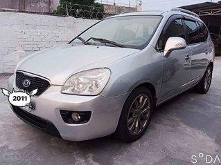 Cần bán Kia Carens năm 2011, màu bạc, giá tốt