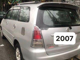 Xe Toyota Innova đời 2007, màu bạc chính chủ, giá tốt