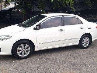 Bán Toyota Corolla Altis sản xuất năm 2010, màu trắng, giá chỉ 348 triệu