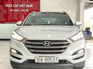Cần bán gấp Hyundai Tucson sản xuất 2015, xe nhập còn mới