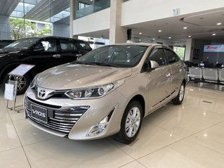 Bán ô tô Toyota Vios sản xuất năm 2020, màu vàng, 560 triệu