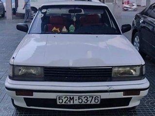 Bán ô tô Nissan Bluebird đời 1983, màu trắng, nhập khẩu nguyên chiếc