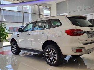 Ford Everest mới 2020 đủ màu, đủ phiên bản, giá ưu đãi, ngân hàng hỗ trợ trả góp lên đến 80%