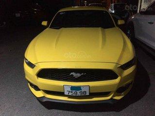 Cần bán xe Ford Mustang 2.3 Eco đời 2020, màu vàng