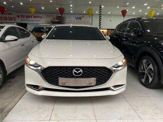 Hỗ trợ mua xe giá thấp với chiếc Mazda 3 1.5AT Luxury 2020, màu trắng