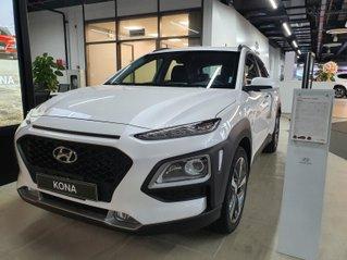 Hyundai Kona 2020 giảm 50% thuế trước bạ và 30tr tiền mặt kèm theo gói phụ kiện hấp dẫn, xe đủ màu giao ngay