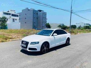 Cần bán lại xe Audi A4 sản xuất năm 2010, màu trắng, nhập khẩu