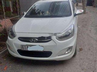 Bán ô tô Hyundai Accent sản xuất 2015, màu trắng, nhập khẩu