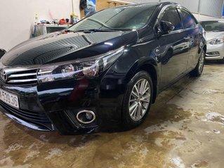 Cần bán Toyota Corolla Altis năm 2015, màu đen còn mới